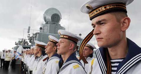 Построение моряков на борту корабля