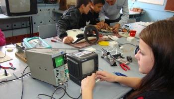 Оборудование радиомеханика