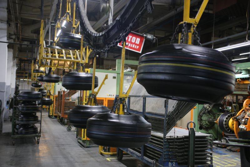 Фото: Цех по производству автомобильных шин