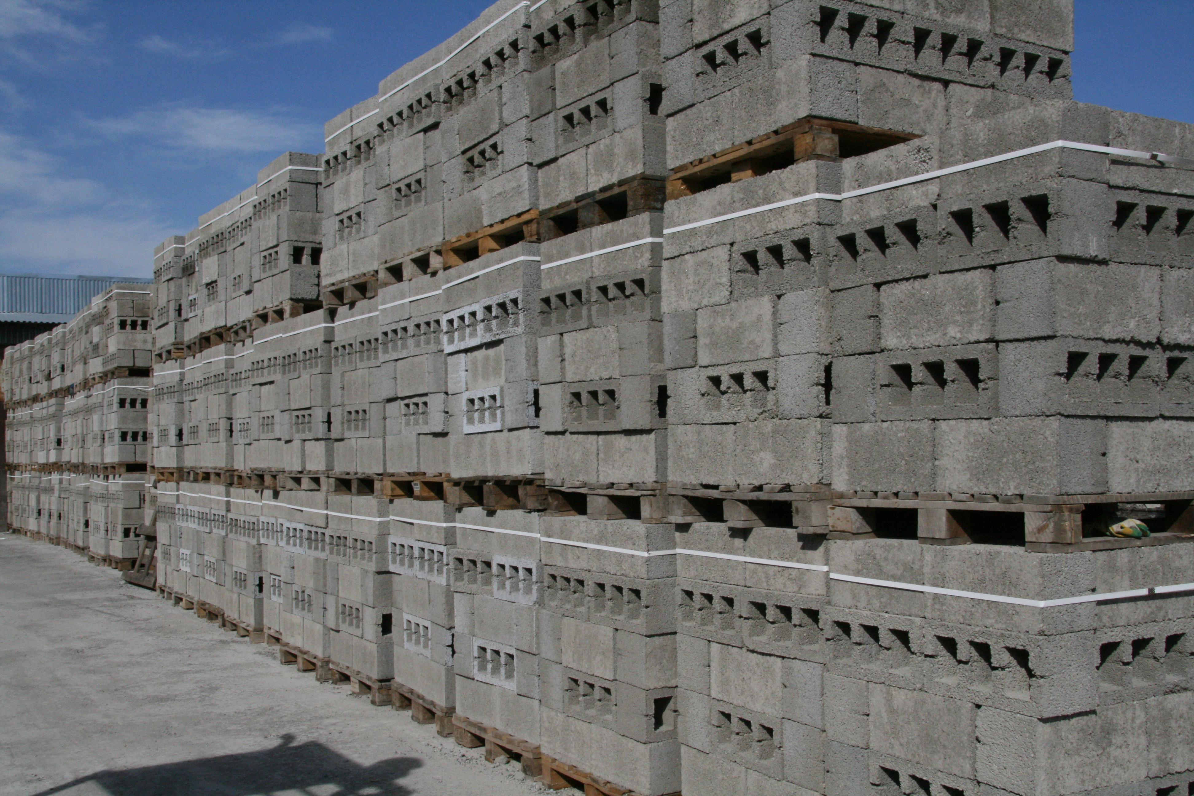 Склад строительных блоков