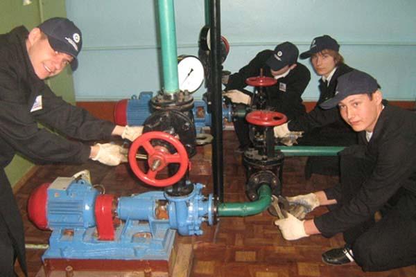 Фото: Обязанности слесаря по измерительным приборам и автоматике