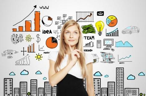 Девушка маркетолог работает над исследованием рынка
