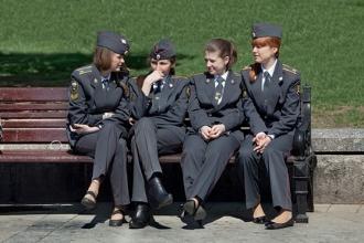 Студентки полицейской школы