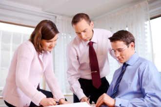 HR консультанты работают над проектом