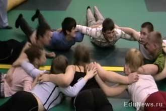Занятия физкультурой с детьми