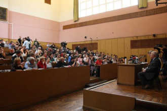 Занятия на факультете журналистики МГУ