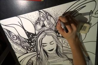 Художник создает графический рисунок