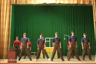 Спектакль в театре