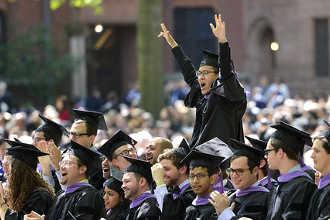 Выпускники вуза в США
