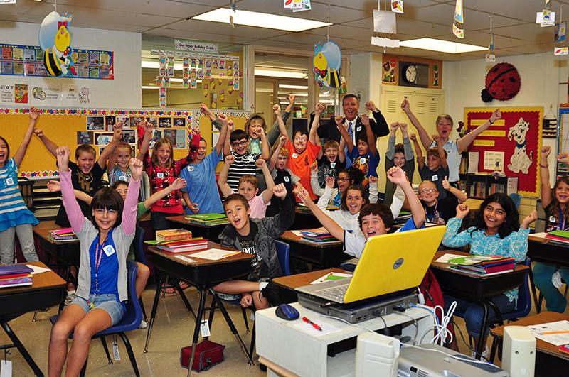 Американские дети в школьной аудитории