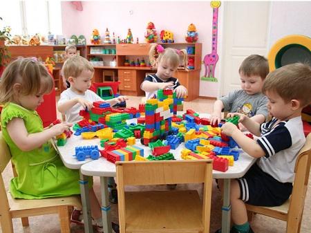 Малыши украинского детского сада