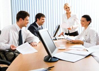 Менеджер по управлению персоналом и сотрудники