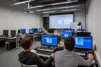 Обучение будущих звукорежиссеров