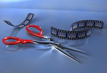 Кинопленка и ножницы