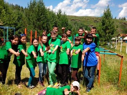 Фото: Ученики летней школы на практических занятиях