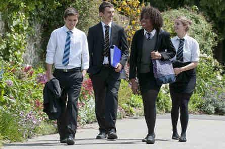 Ученики школы Sevenokas