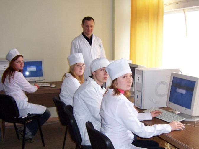Аудитория со студентами-медиками